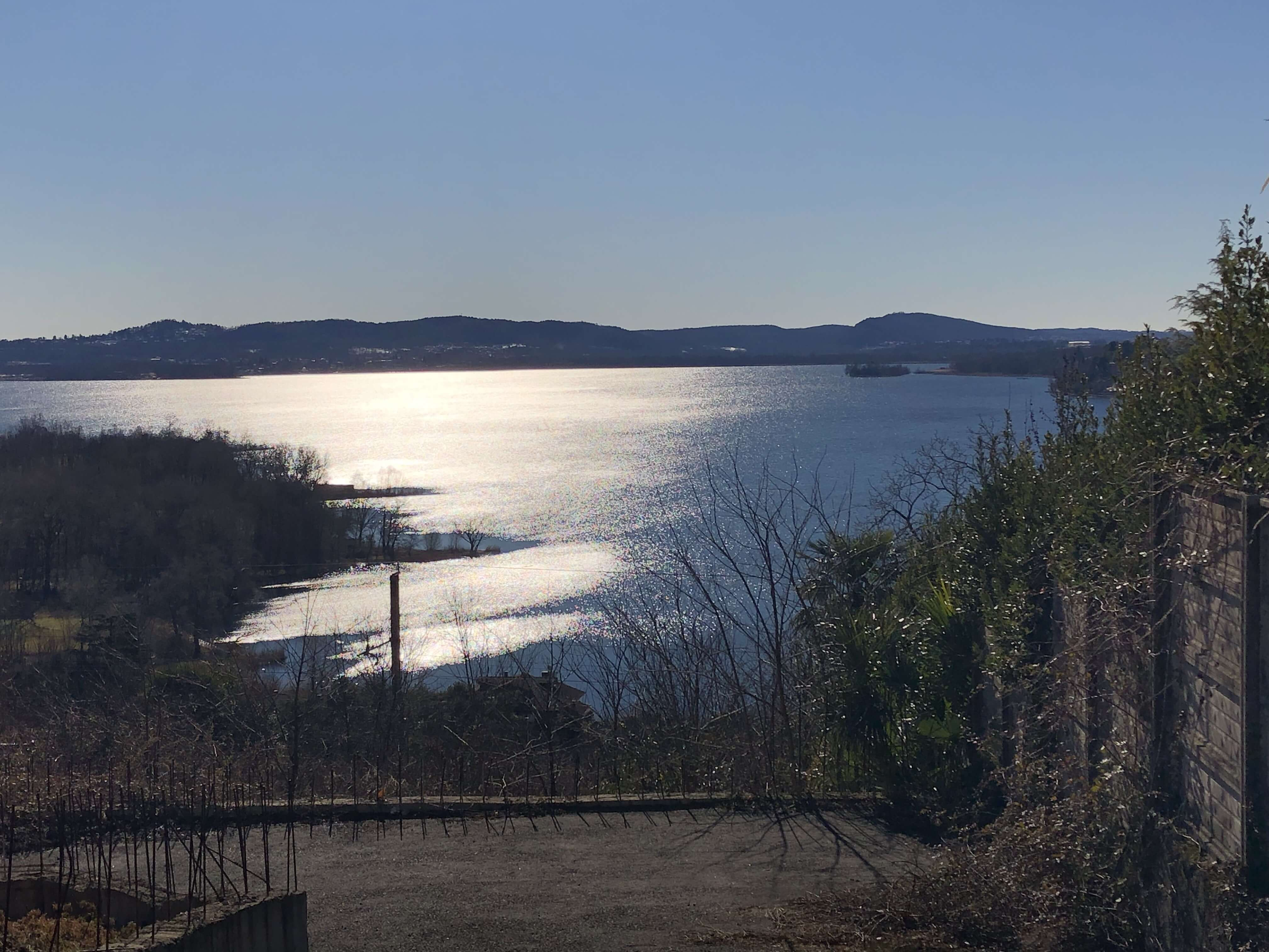 Gavirate: aree edificabili con impareggiabile vista lago