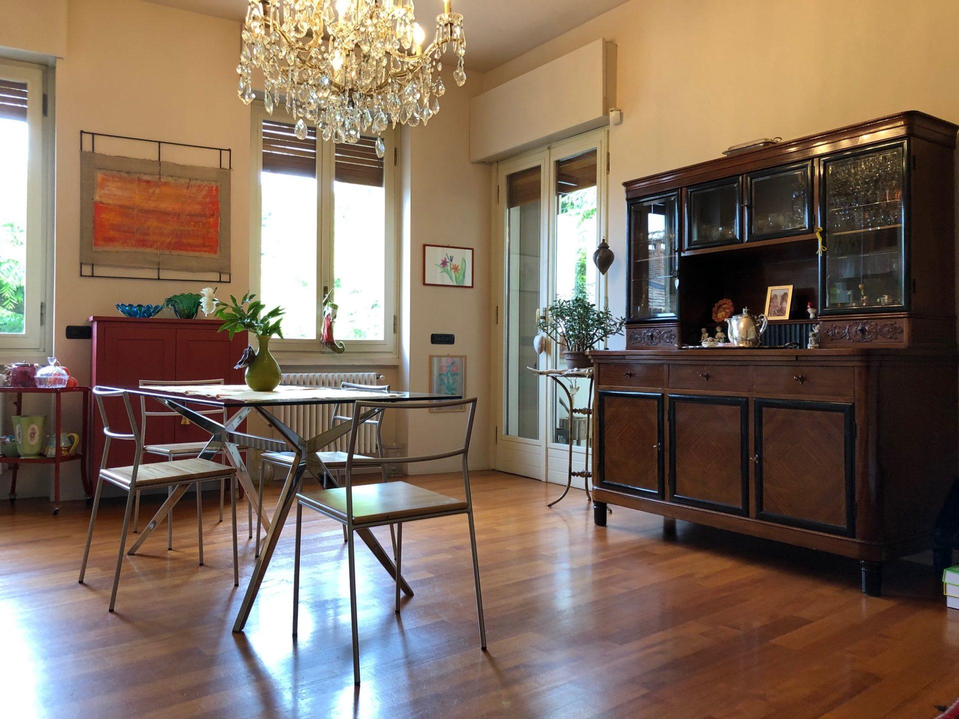 Varese, Prima Cappella: raffinato trilocale