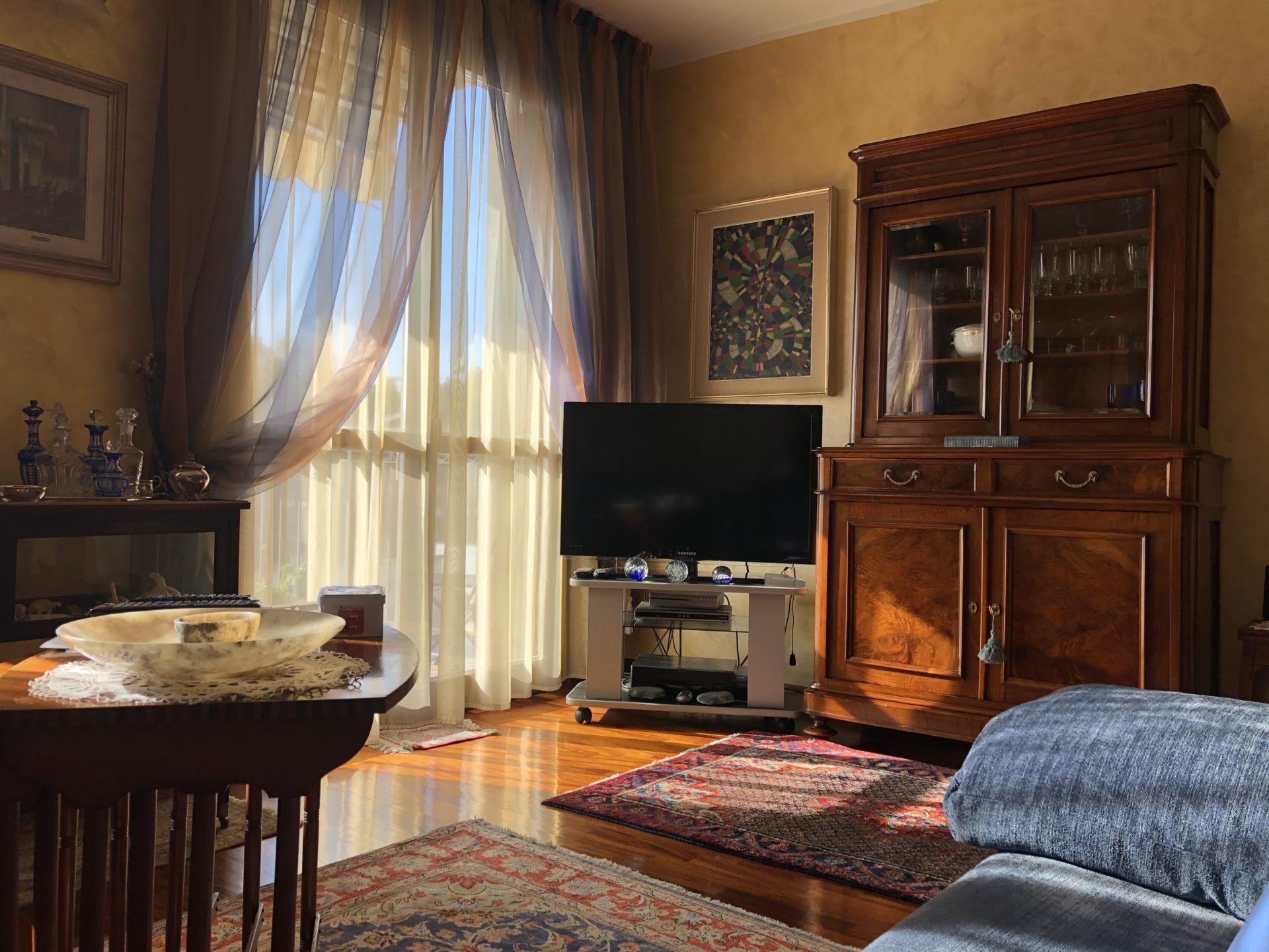 Varese, Brunella: elegante appartamento a pochi minuti dal centro di Varese